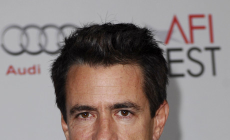 Dermont Mulroney to Romance Jess on New Girl