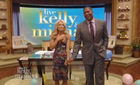 Michael Strahan Introduced as Live! Co-Host