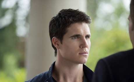Robbie Amell as Stephen