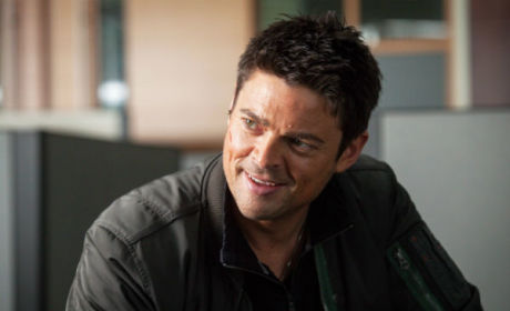 J.J. Abrams Talks Almost Human, Comparisons with Fringe and More