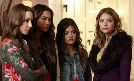 "Pretty Little Liars & Ravenswood Producer Teases New Episodes: ""We're Changing The Game"""