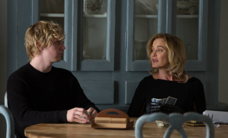 American Horror Story: Watch Season 3 Episode 9 Online