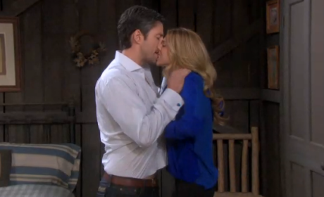 Days of Our Lives Round Table: Who's Taking Dirty Pictures?