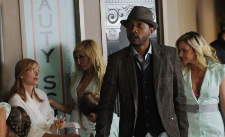 Lost Girl: Watch Season 4 Episode 2 Online