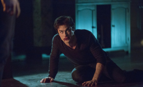 The Vampire Diaries Photo Gallery: Chained Up, Throwing Down