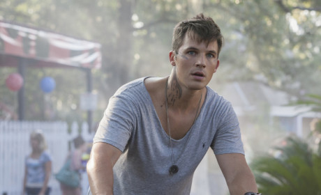 Star-Crossed: Watch Season 1 Episode 2 Online