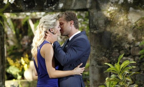 The Bachelor Review: The One to Steal Juan Pablo's Heart Is...