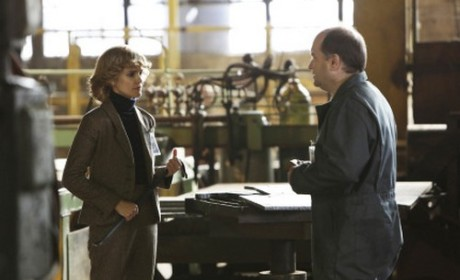 The Americans: Watch Season 2 Episode 3 Online