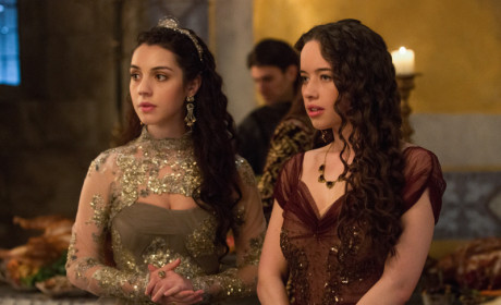 Reign Review: Darkness Falls