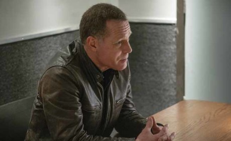 Chicago PD: Watch Season 1 Episode 9 Online