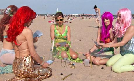 Seaside Queens