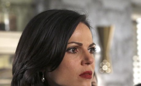 TV Ratings Report: Once Upon a Time Rises, Revenge Crashes