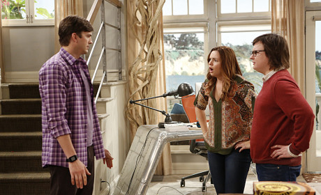 Two and a Half Men: Watch Season 11 Episode 21 Online