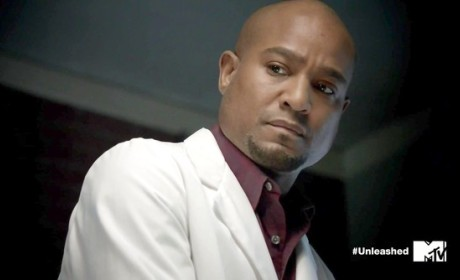 Seth Gilliam Cast as Series Regular on The Walking Dead Season 5