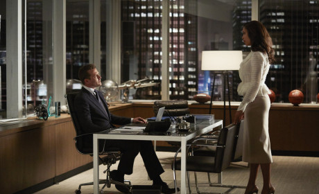 Jessica Consults Harvey