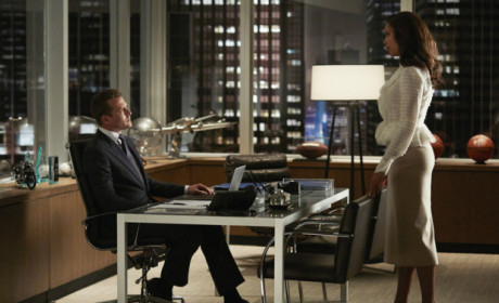 Suits: Watch Season 4 Episode 8 Online