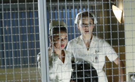 Safe In the Cage - Pretty Little Liars Season 5 Episode 12