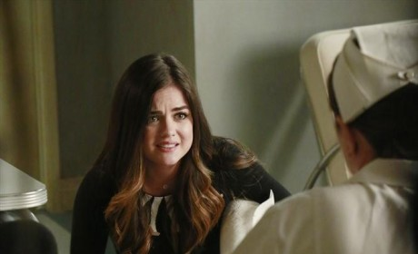 It's Not Blood - Pretty Little Liars Season 5 Episode 12