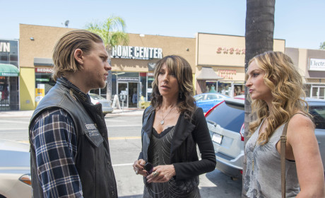 Do you want Jax to learn the truth about Tara's death?