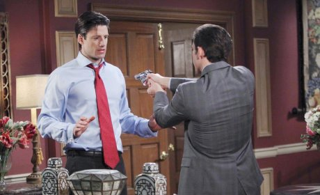 Not a Happy Reunion - Days of Our Lives