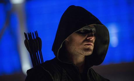 Blue - Arrow Season 3 Episode 1