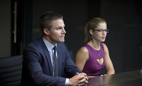 Listening - Arrow Season 3 Episode 1