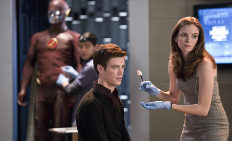 The Flash: Watch Season 1 Episode 2 Online