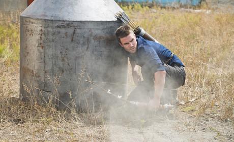 Under Attack - Arrow Season 3 Episode 3