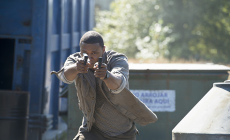 Diggle Strikes - Arrow Season 3 Episode 3
