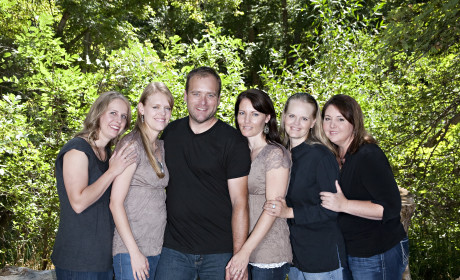 My Five Wives Cast Photo