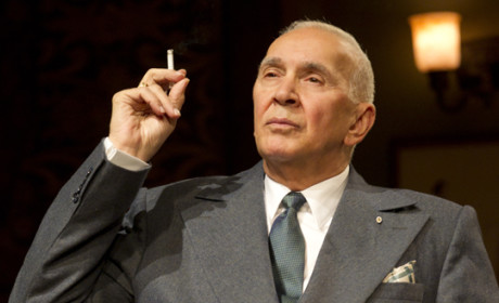 Frank Langella to Go Undercover on The Americans Season 3