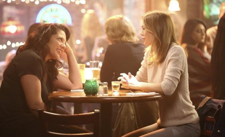 Sharing a Drink, A Laugh - Grey's Anatomy Season 11 Episode 5