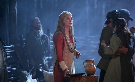 Alice Evans as Esther - The Originals Season 2 Episode 5