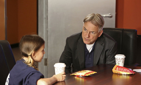 Gibbs With Kids - NCIS Season 12 Episode 6