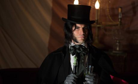American Horror Story Freak Show: Watch Season 4 Episode 4 Online