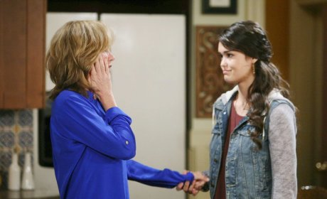 Eve Gets News - Days of Our Lives