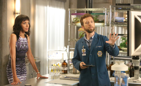 Hodgins Shows Cam Some Evidence - Bones Season 10 Episode 7