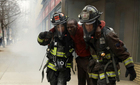 Dawsey works together - Chicago Fire Season 3 Episode 9