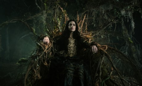 Salem Season 2 First Look: Majestic Mary Rises Up