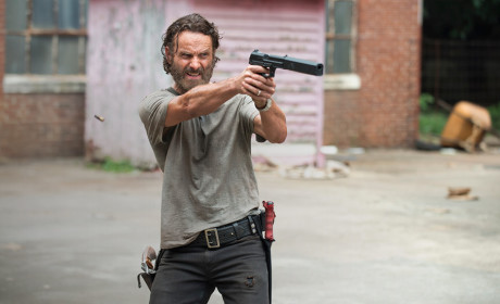 The Walking Dead Season 5 Episode 7 Review: Crossed
