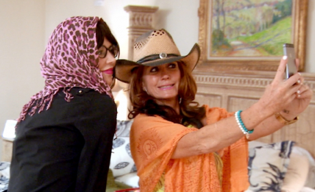 Going in Disguise - The Real Housewives of Beverly Hills Season 5 Episode 2