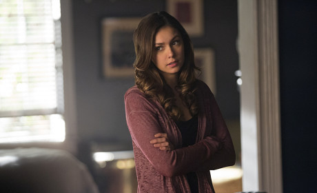 Upset Elena - The Vampire Diaries Season 6 Episode 10
