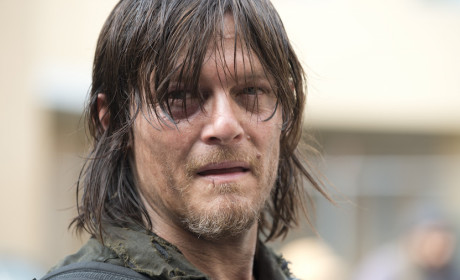 """The Walking Dead Creator Confirms Daryl's Sexuality, Teases """"Prominent"""" Gay Character"""