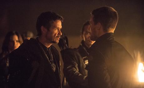 Coming Closer - Arrow Season 3 Episode 9