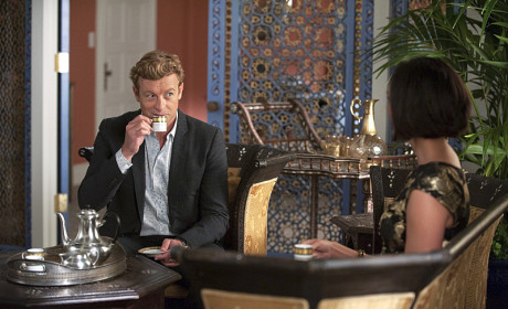 Intrigued by Erika Flynn - The Mentalist Season 7 Episode 3