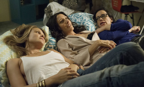 Girlfriends' Guide to Divorce Season 1 Episode 3 Review: Rule 47