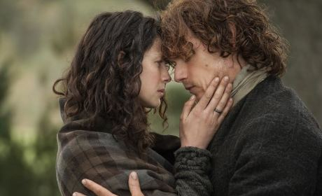 Claire & Jamie Hands on Face - Outlander