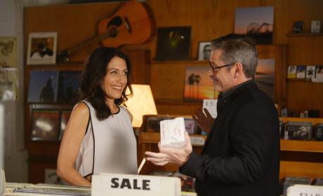Girlfriends' Guide to Divorce Season 1 Episode 4 Review: Rule #426