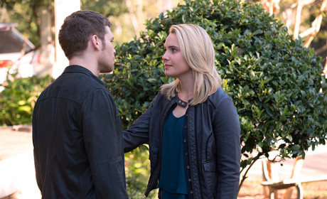 Comforting Klaus - The Originals Season 2 Episode 10