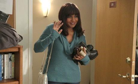 Mindy's Look Back - The Mindy Project